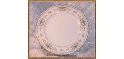 Diane Fine Porcelain china Dinner Plate