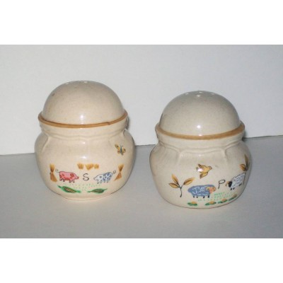 International Heartland Salt & Pepper Shakers