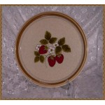 Mikasa-studio.nova  Lucious F5809 Dinner Plate Strawberries & Flower