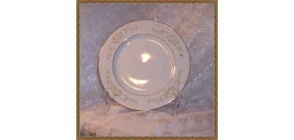 Royal Gallery Fine China of Japan Irene Salad Plates