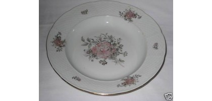 MARIA 48 Europa CZECHOSLOVAKIA Basket weave and Floral Set of 4 Bowls