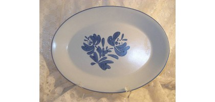 YORKTOWNE (USA) by PFALTZGRAFF oval serving tray 15 1/2