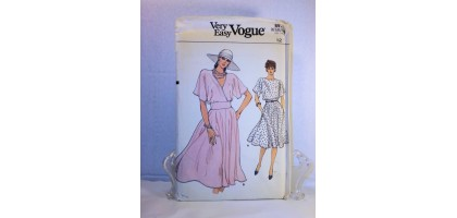 Vogue 8970 Misses Dress Pattern Waistband Flowy Flared Skirt Size 12 Uncut