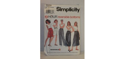 Simplicity Pattern 7059 2 Hour Reversible Bottoms