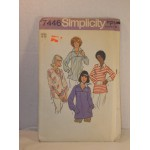 Simplicity Pattern 7446 Misses Pullover Tops